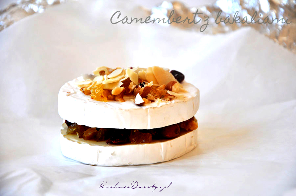 Camembert Pieczony z Bakaliami i Miodem