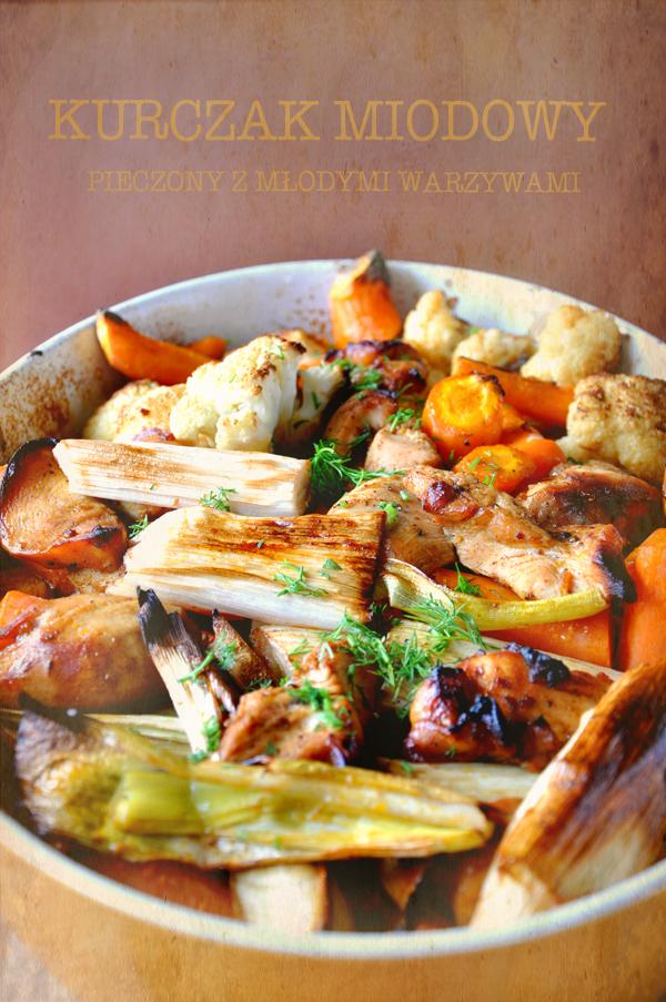 Kurczak miodowy pieczony z młodymi warzywami