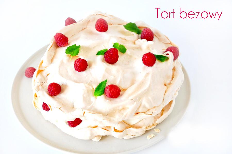 tort-bezowy-z-malinami