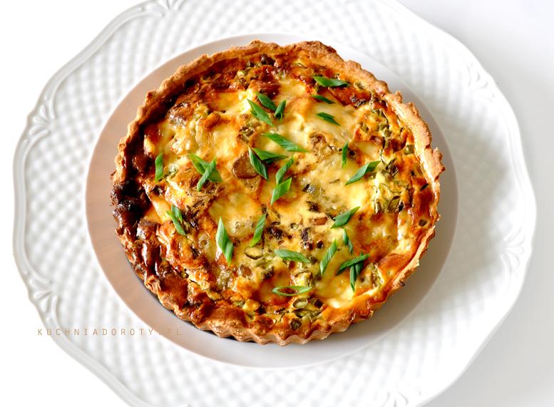 Tarta Drożdżowa z Grzybami i Gorgonzolą