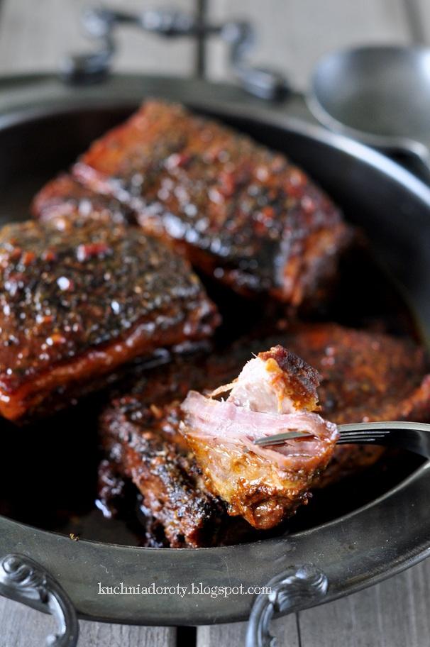 Żeberka w Miodzie duszone. Sprawdzony przepis na idealnie miękkie i delikatne mięso.