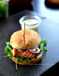 Burger z Łososia
