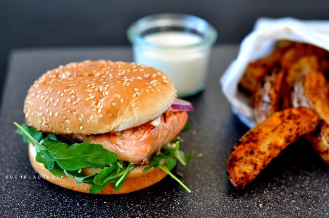 burger, hamburger, hamburger przepis, domowe burgery, domowe burgery przepis, grill, grill przepisy, przepisy z grilla, majówka, grillowanie, potrawy z grilla, potrawy z grilla przepisy