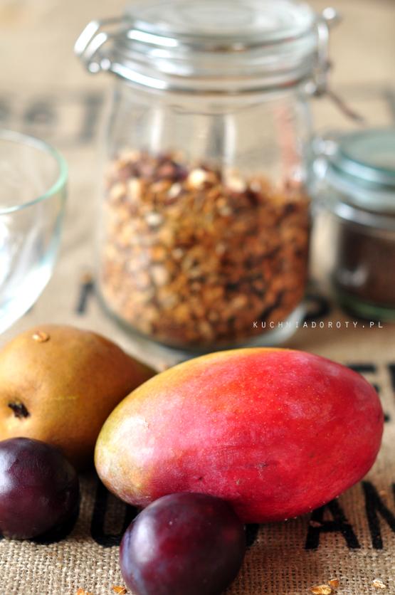 granola-z-owocami