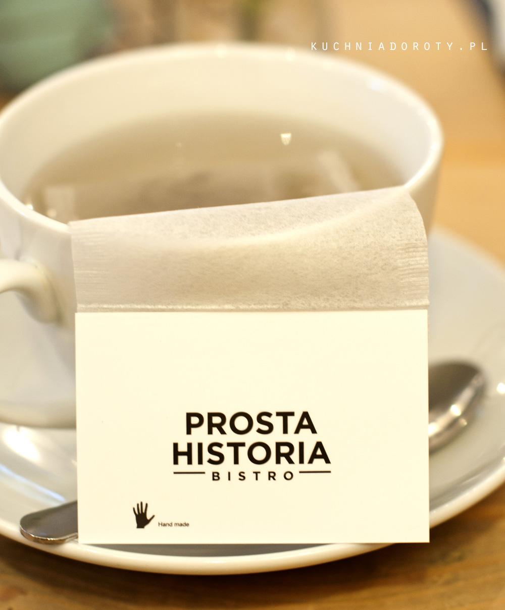 Prosta historia – Common table 3