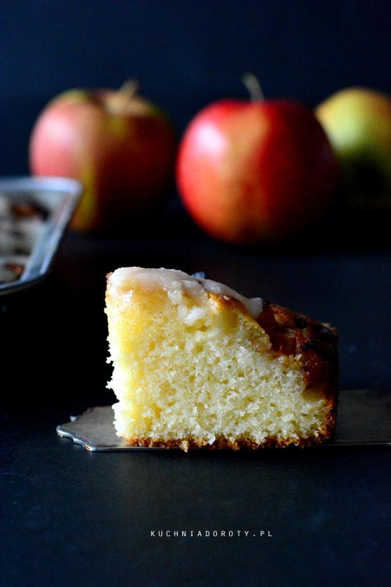ciasto-z-jabłakmi