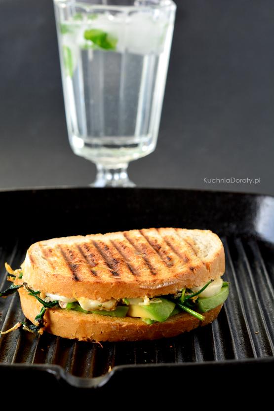 lunch, lunch przepis, kanapka, kanapka przepis, kanapka zkurczakiem, kanapka zkurczakiem przepis, kanapki naciepło, kanapki naciepło przepis