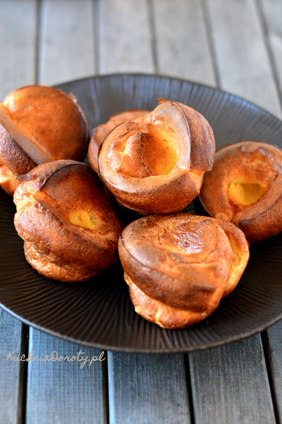 yorkshire pudding, yorkshire pudding przepis, popovers, popovers przepis, bułeczki, przepis na bułeczki, chleb domowy, bułki domowe, bułki domowe przepis, pieczywo, pieczywo domowe przepis