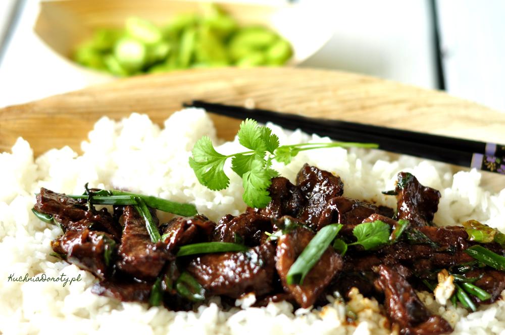 Wołowina po mongolsku bardzo aromatyczna