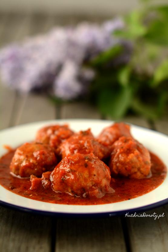 mielone, mielone przepis, klopsiki, klopsiki przepis, klopsiki w sosie, klopsiki w sosie przepis, klopsiki w sosie pomidorowym, klopsiki w sosie pomidorowym przepis, klopsik na imprezę, obiad, obiad przepisy
