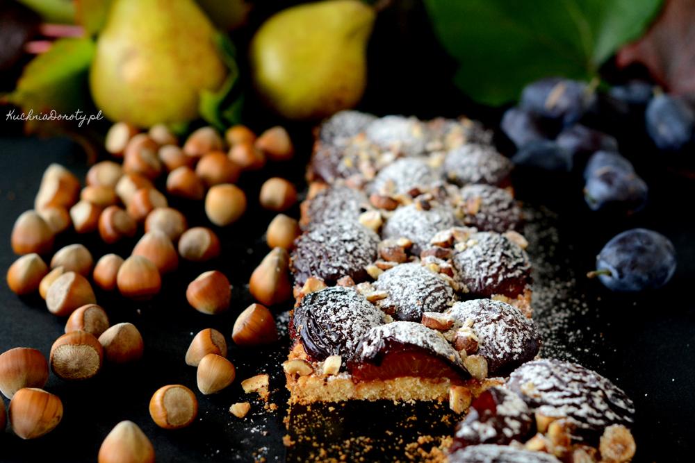 Ciasto ze Śliwkami i Orzechami Laskowymi
