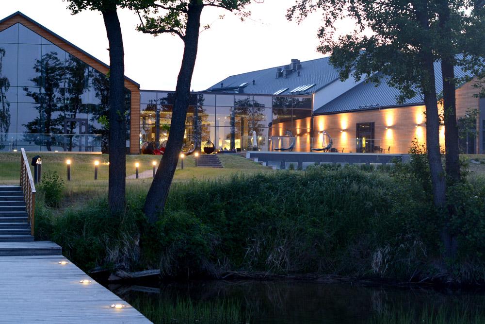 MARINA – hotel w sercu jeziora