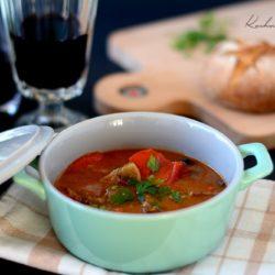 Gęsta Zupa Gulaszowa - domowy przepis