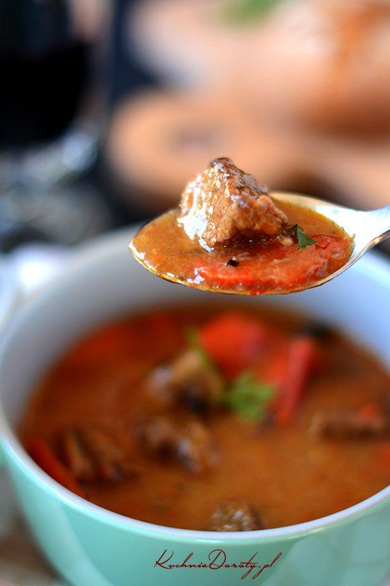 zupa-gulaszowa-przepis