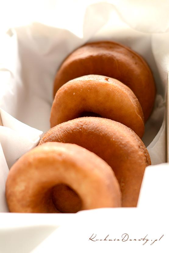 pączki, pączki przepis, pączki przepisy, donuts, donuts przepisy, donuts przepis, pączek z dziurką, pączki z dziurką przepis, pączki z dziurką przepisy, tłusty czwartek, tłusty czwartek przepisy, tłusty czwartek przepis,