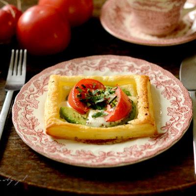 Jajka Pieczone w Cieście Francuskim