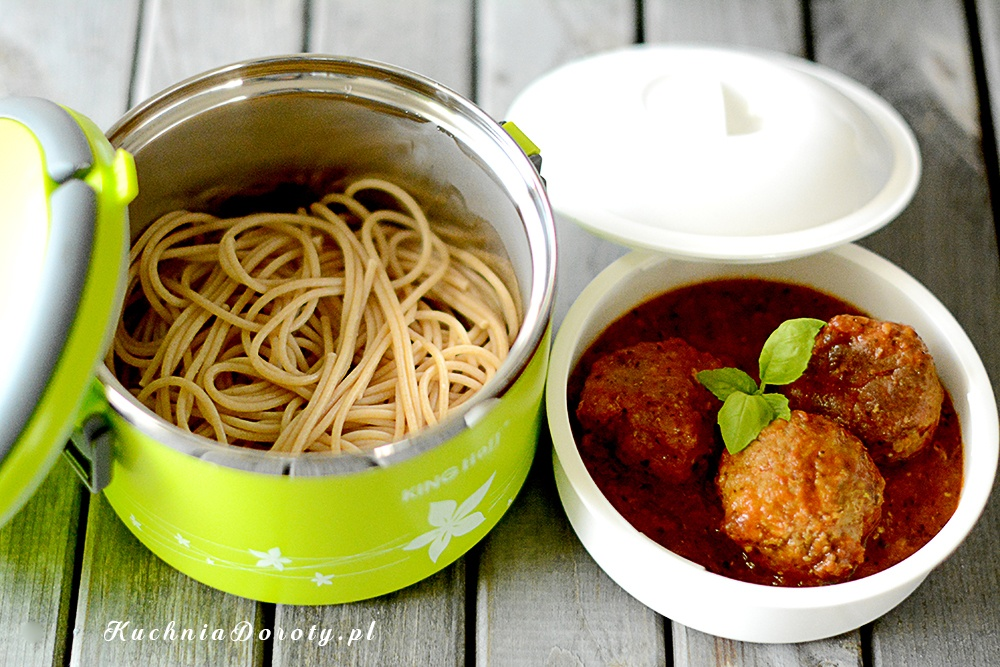 Klopsikami w Sosie Pomidorowym – idealny lunchbox