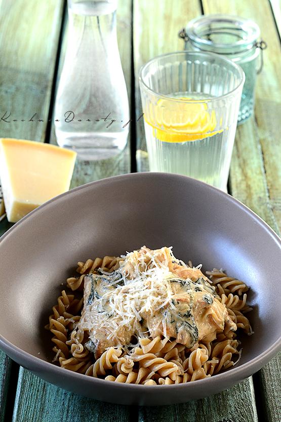 makaron, makaron przepis, makaron przepisy, makaron z sosem, makaron z sosem przepisy, makarony z sosem, makaron, makaron przepis, makaron przepisy, makaron z sosem, makaron z sosem przepis, spaghetti bolognese, spaghetti bolognese przepis, spaghetti bolognese przepisy, makaron z sosem pomidorowym, makaron z sosem pomidorowym przepis, spaghetti przepis, spaghetti, obiad, łatwy obiad, łatwy obiad przepisy, szybki makaron z sosem, sos pomidorowy,  pomidory, pomidory przepisy, przepisy, sos serowy, ser gorgonzola, ser gorgonzola przepisy, gorgonzola,