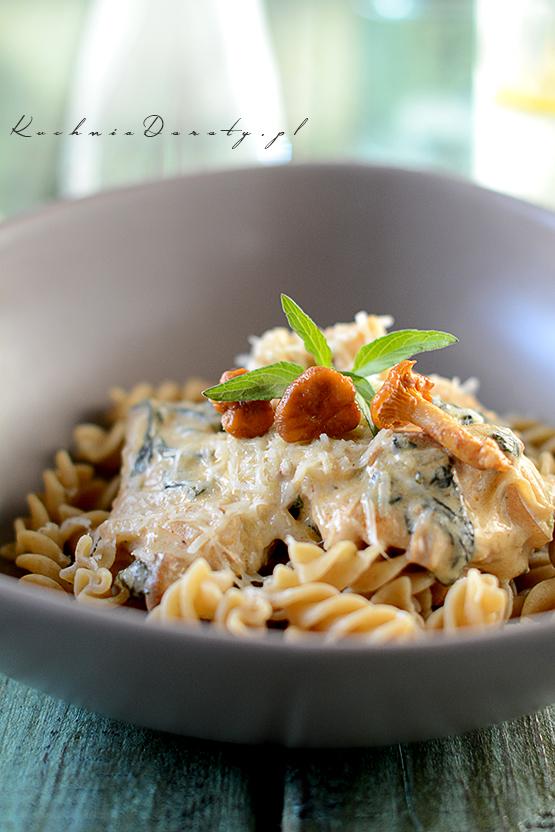 makaron, makaron przepis, makaron przepisy, makaron zsosem, makaron zsosem przepisy, makarony zsosem, makaron, makaron przepis, makaron przepisy, makaron zsosem, makaron zsosem przepis, spaghetti bolognese, spaghetti bolognese przepis, spaghetti bolognese przepisy, makaron zsosem pomidorowym, makaron zsosem pomidorowym przepis, spaghetti przepis, spaghetti, obiad, łatwy obiad, łatwy obiad przepisy, szybki makaron zsosem, sos pomidorowy,  pomidory, pomidory przepisy, przepisy, sos serowy, ser gorgonzola, ser gorgonzola przepisy, gorgonzola,