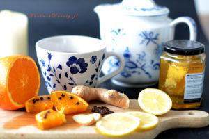 Herbata Zimowa z Owocami i Miodem