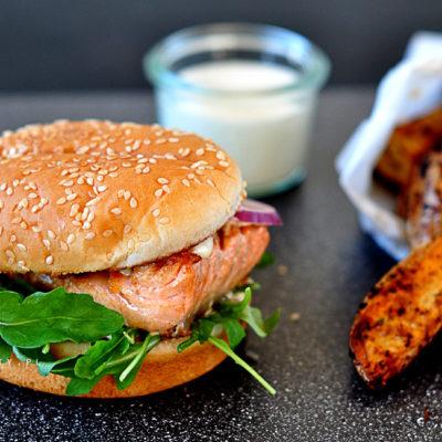 Burger z Łososiem