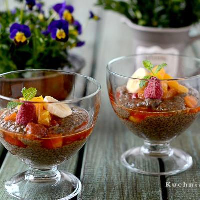 Pudding z Chia i Owocami