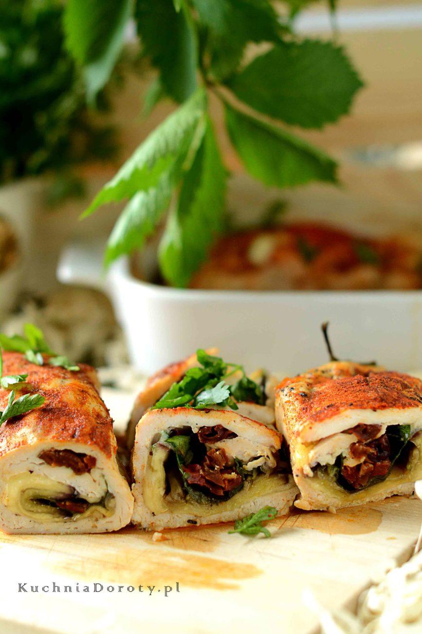 Roladki z Kurczaka ze Szpinakiem Bakłażanem i Suszonymi Pomidorami