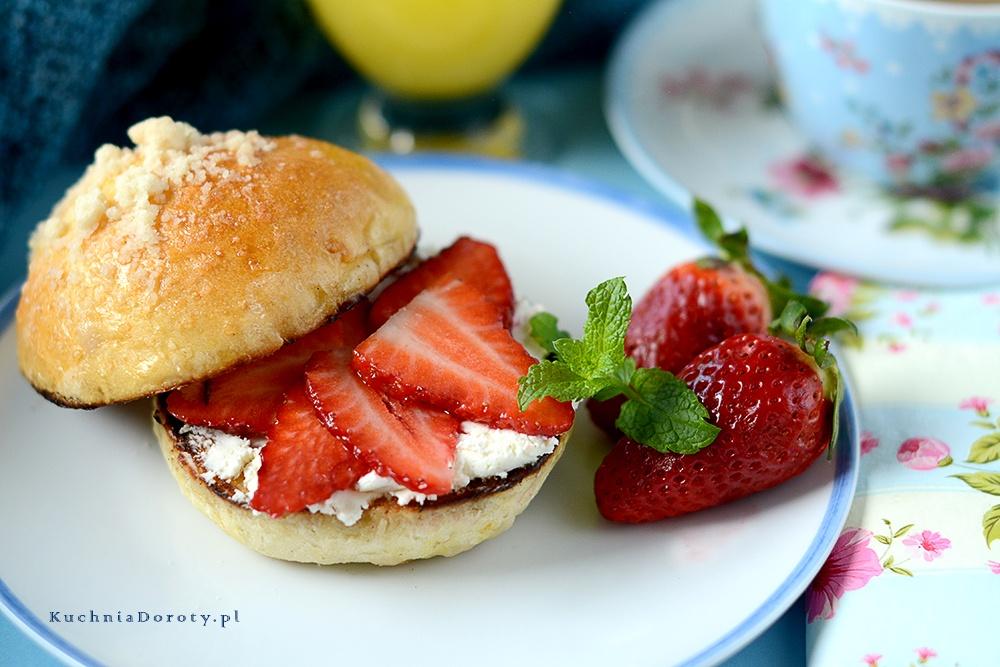 kanapka, kanapki, kanapki przepisy, pomysły na kanapki, śniadanie, pomysły na śniadanie, co na śniadanie, brioszki, pomysły na dzień matki,