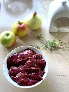 Wątróbka z Jabłkami i Cebulą
