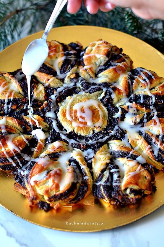 gwiazda z ciasta francuskiego, gwiazda makowa, ciekawe ciasto, jak zrobić gwiazdę z ciasta francuskiego, makowiec, przepis na makowiec, makowiec francuski, makowiec francuski przepis, ciasto, ciasto przepis, ciasta przepisy, ciasto cytrynowe, ciasto cytrynowe przepis, ciasto kręcone, ciasto kręcone przepis, łatwe cista przepisy, ciasto cytrynowe przepis, tarta cytrynowa, tarta cytrynowa przepis, tarta cytrynowa przepisy, cytryna przepis, cytryna przepisy, moje wypieki ciasto cytrynowe, ciasto cytrynowe moje wypieki, choinka z ciasta, jak zrobić choinkę z ciasta przepis, przepis na choinkę z ciasta, przepisy na święta,