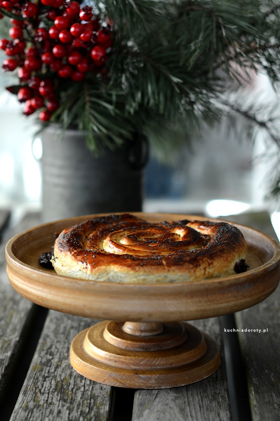 makowiec-z-ciasta-francuskiego