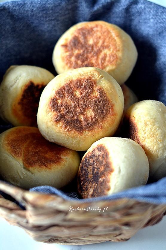 Bułki Pszenne – English Muffins – przepis z filmem