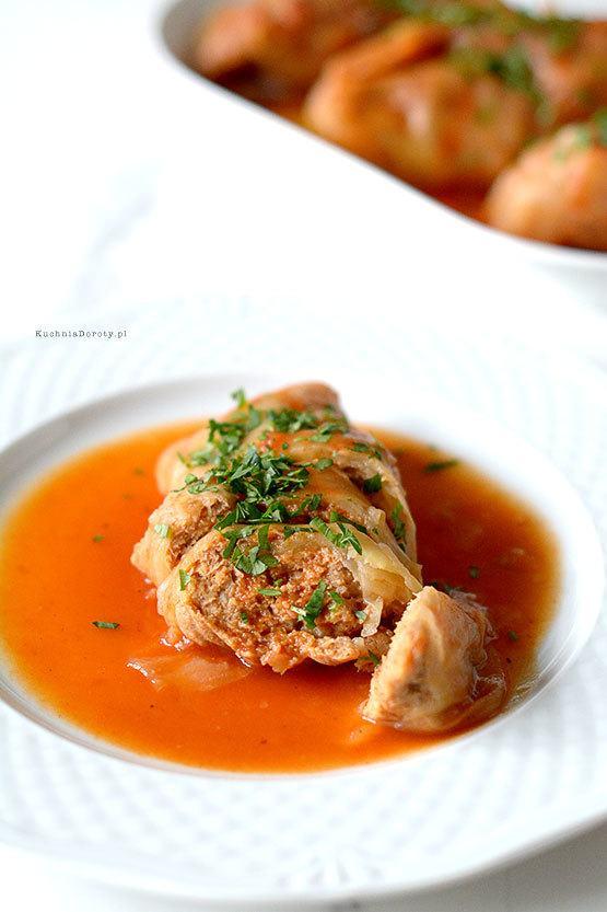 Kapusta Faszerowana w sosie Pomidorowym
